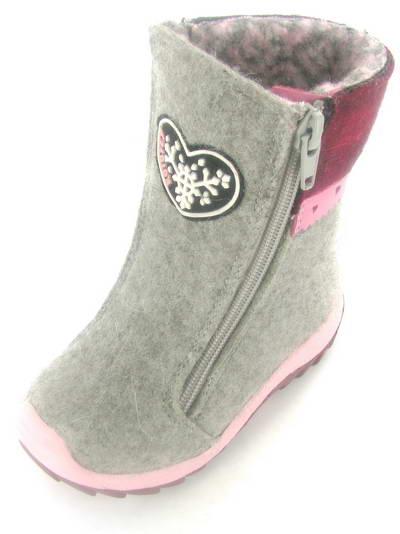 Какую обувь взять на зиму ребенку 1.5 года